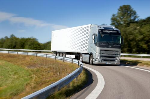 Volvo FH met I-Save_2